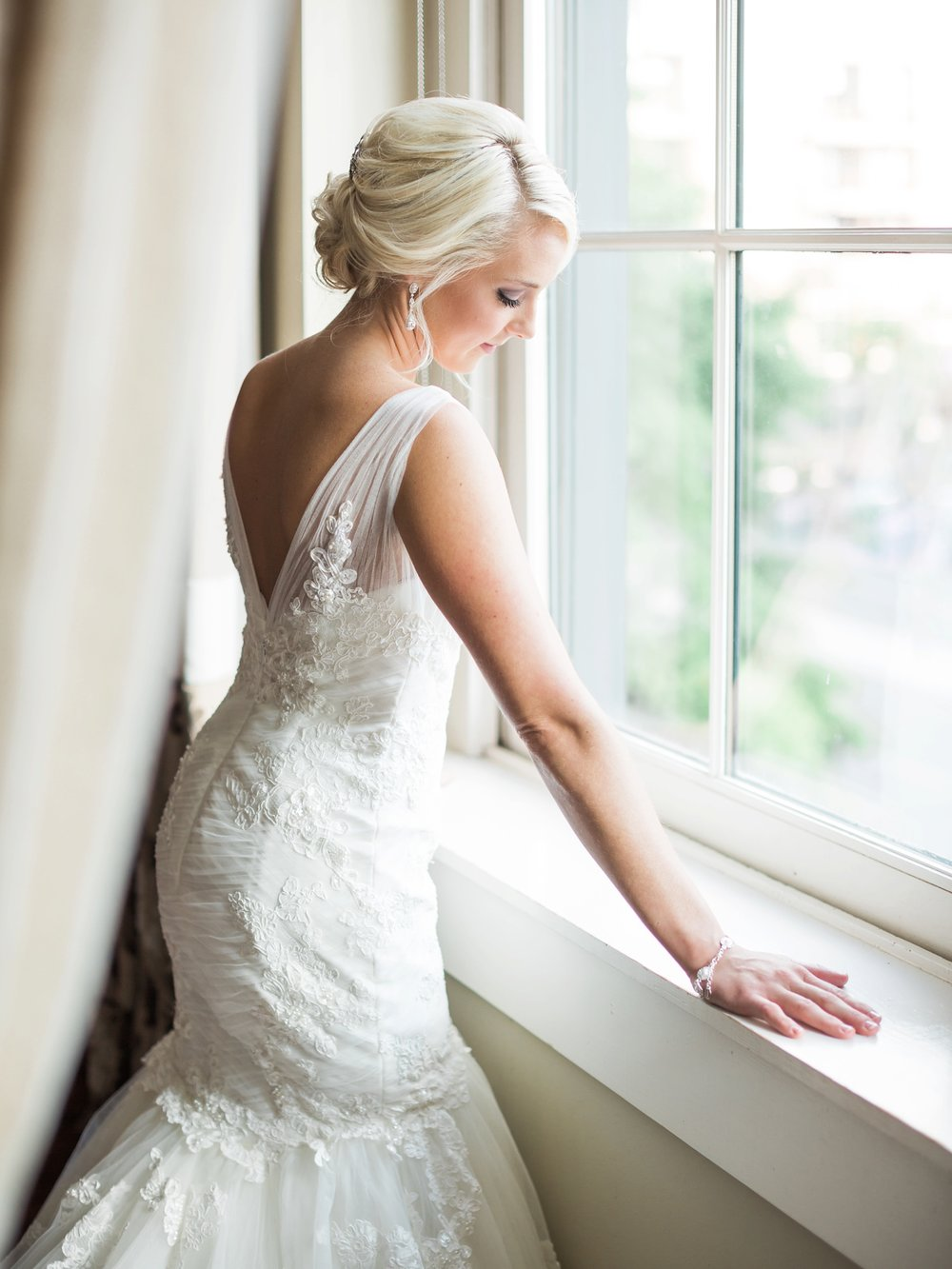 martha stewart wedding_window_beautiful bride_birmingham wedding photographer_montgomery alabama wedding photographer_destin rosemary alys beach 30A florida luxury wedding photographer