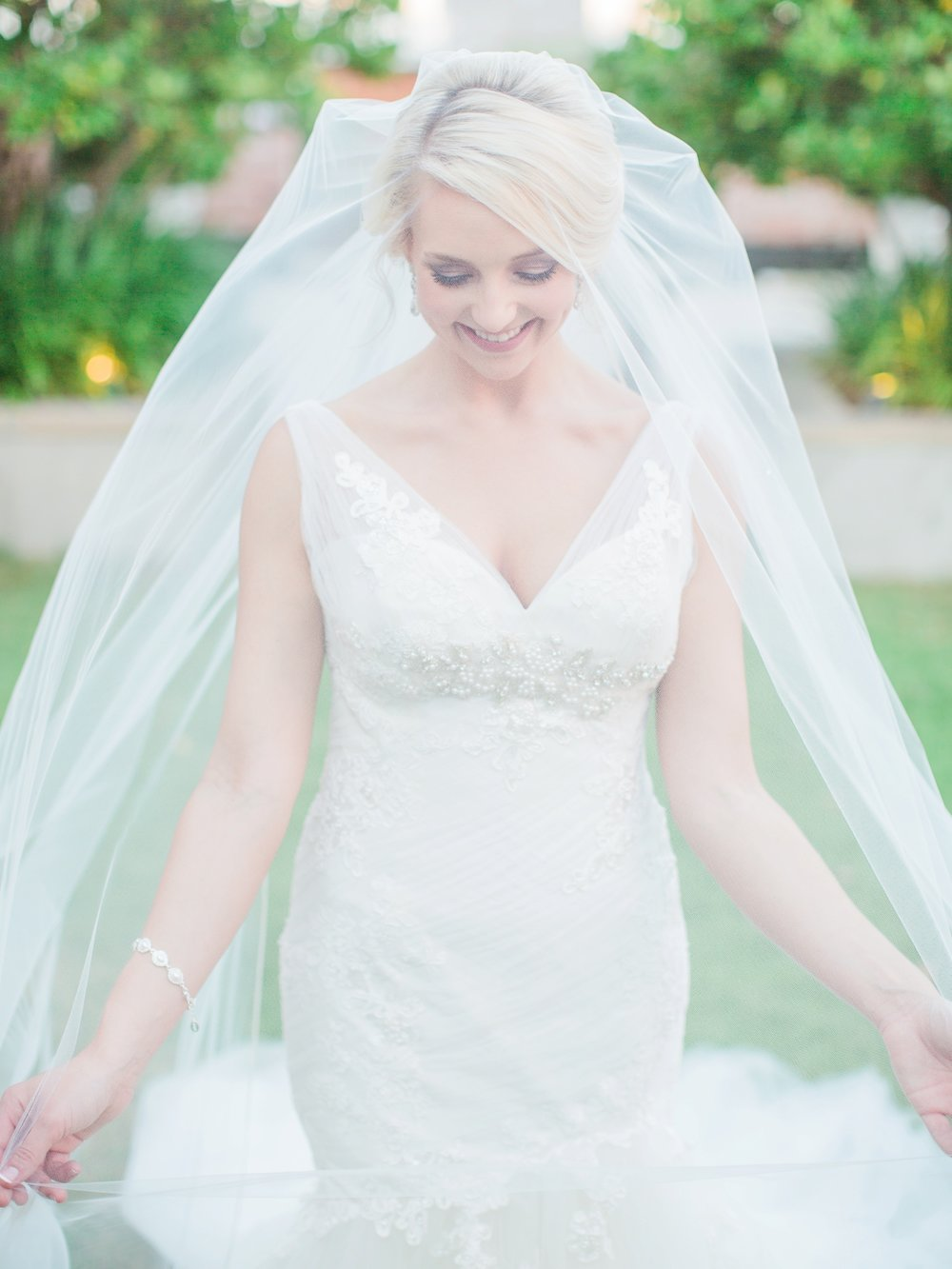 martha stewart wedding_fine art_beautiful bride veil_birmingham wedding photographer_montgomery alabama wedding photographer_destin rosemary alys beach 30A florida luxury wedding photographer