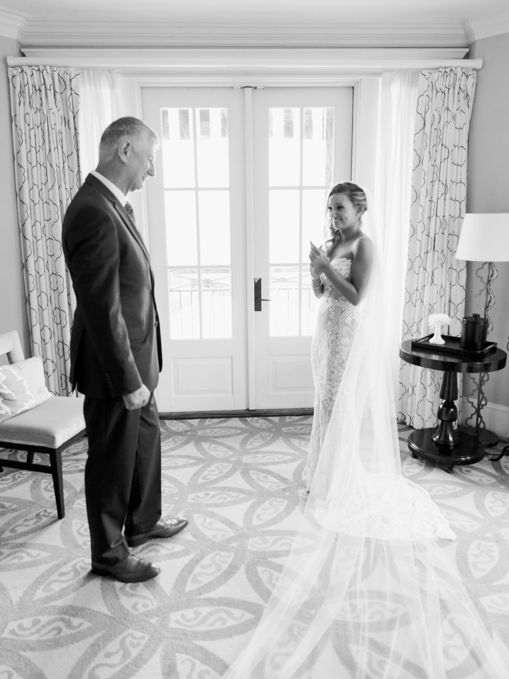 Jessie Barksdale Photography_sweet father daughter first look