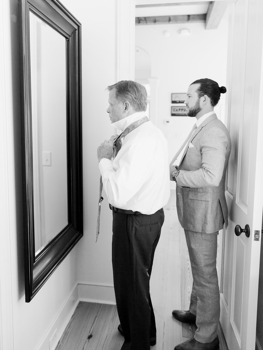 Jessie Barksdale Photography_bonobos father son wedding day_getting ready