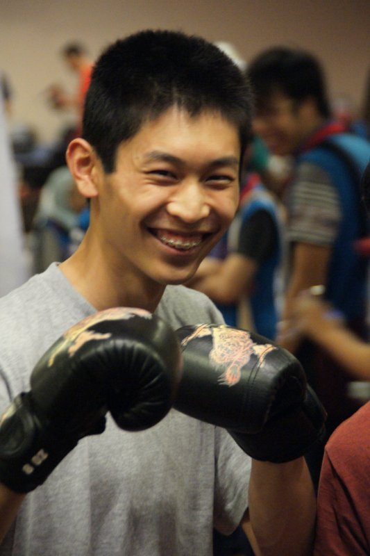 Kevin Shen during Thai boxing lessons