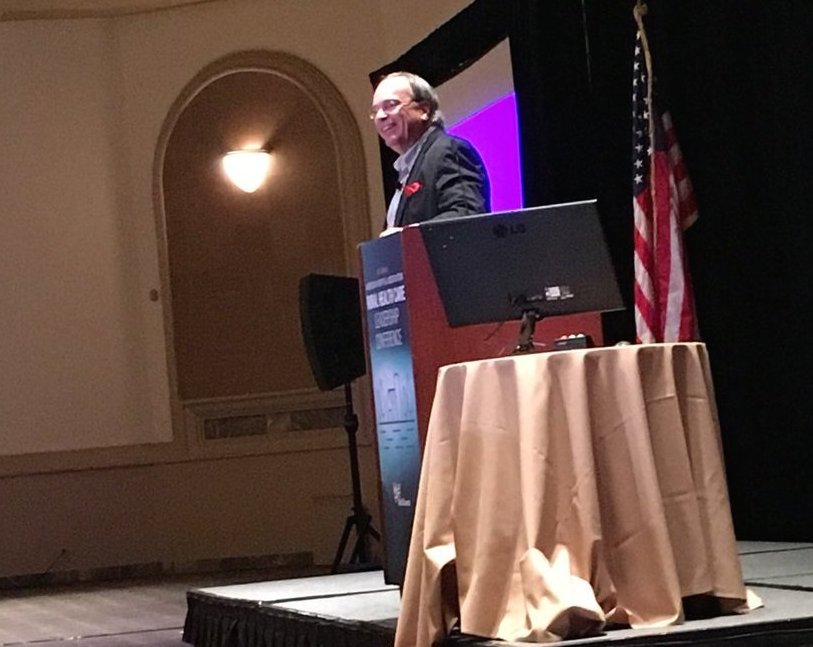 Tom with 875 healthcare executives at the American Hospital Association meeting in Phoenix, February 5, 2018.