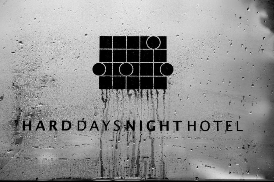 TLC_Harddays_hotel08.jpg