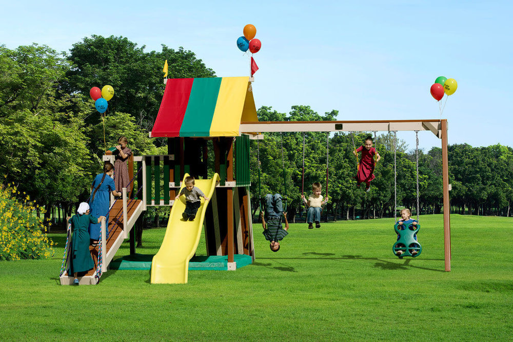 475_PolyGoldenRetreat_play-set.jpg