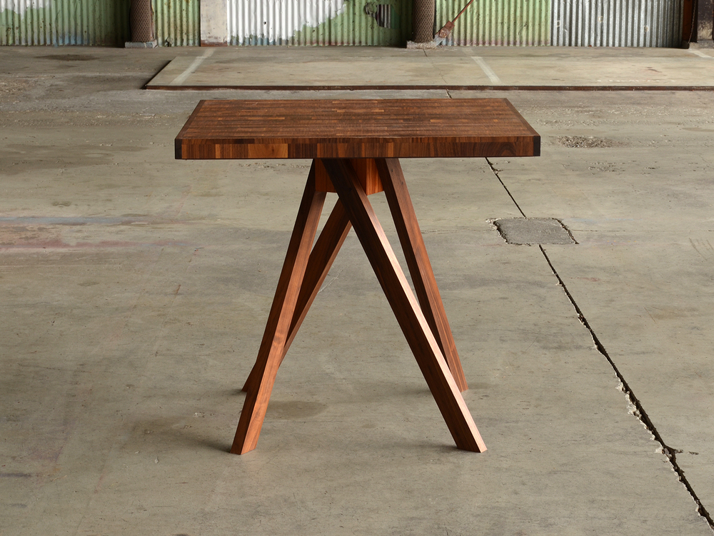 Variegated walnut bar table