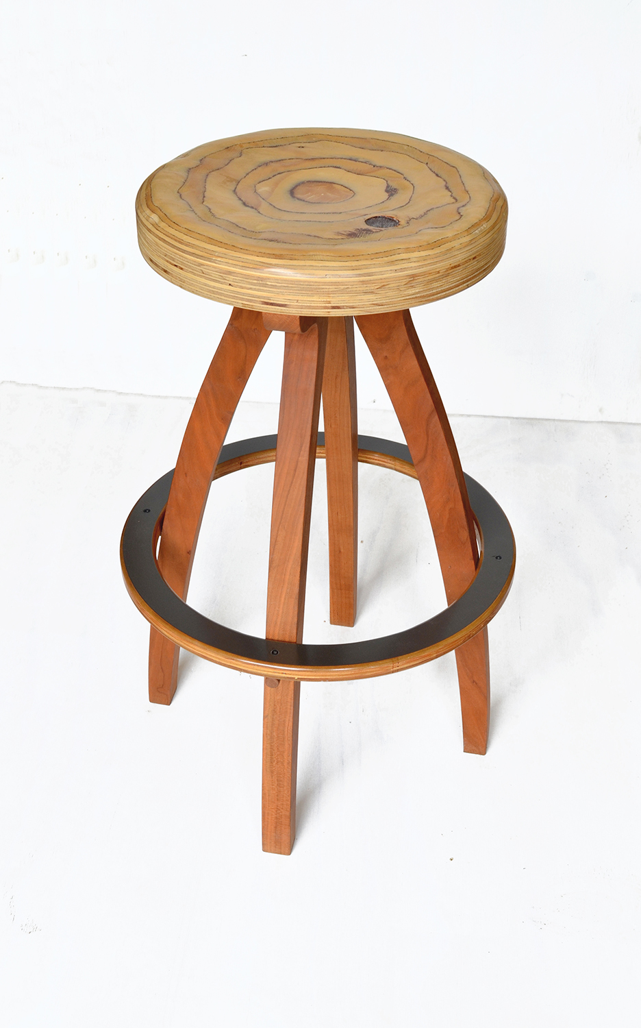 rePly bar stool