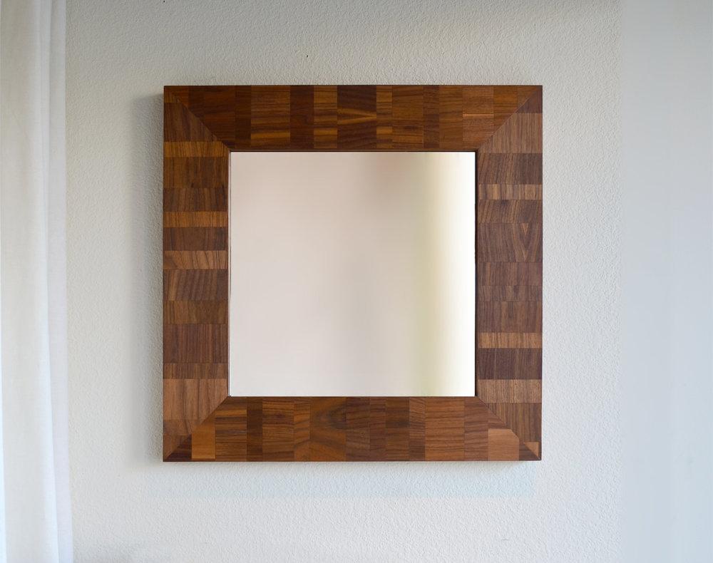 v_walnut_mirror.jpg