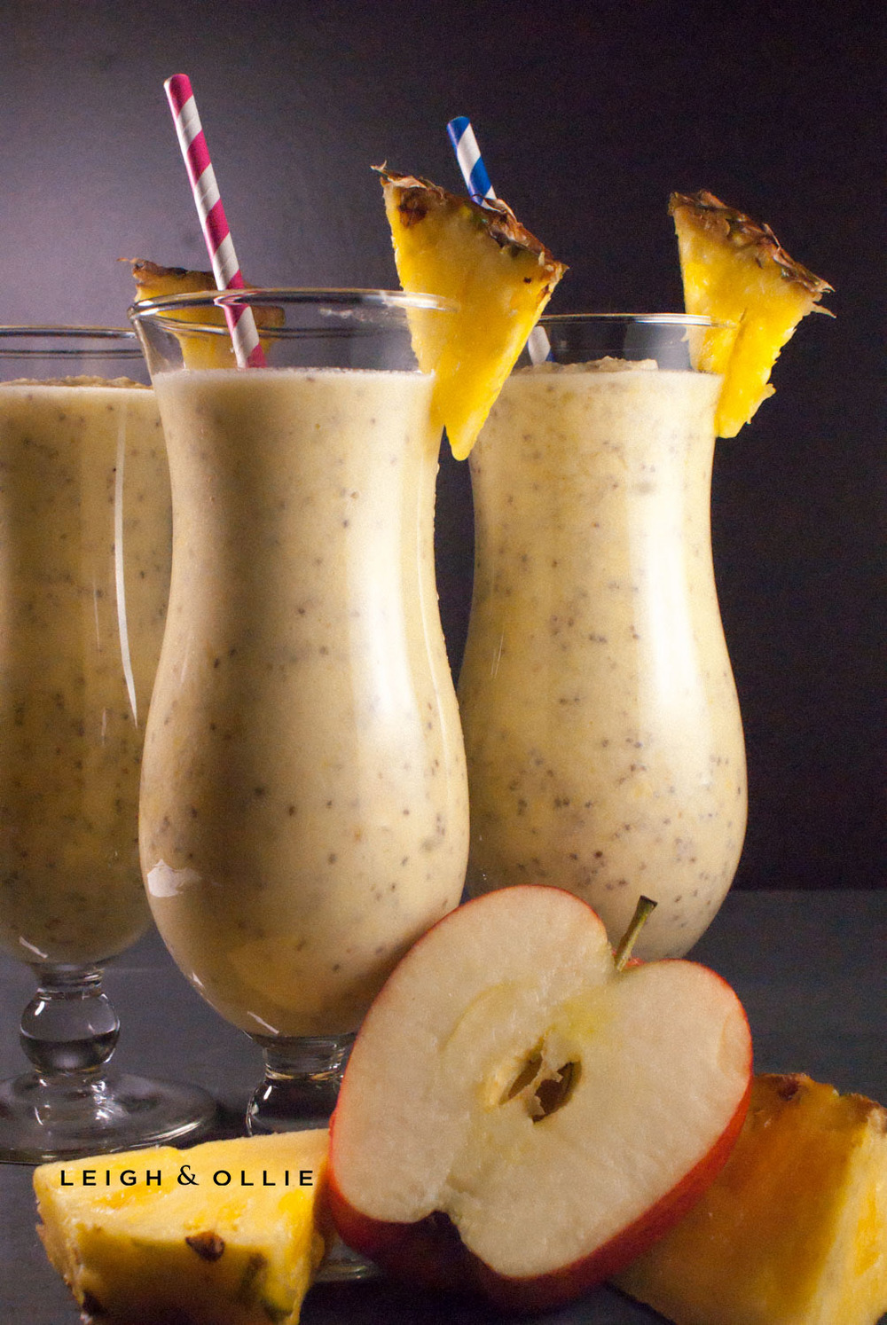 pineapple smoothie - final.jpg