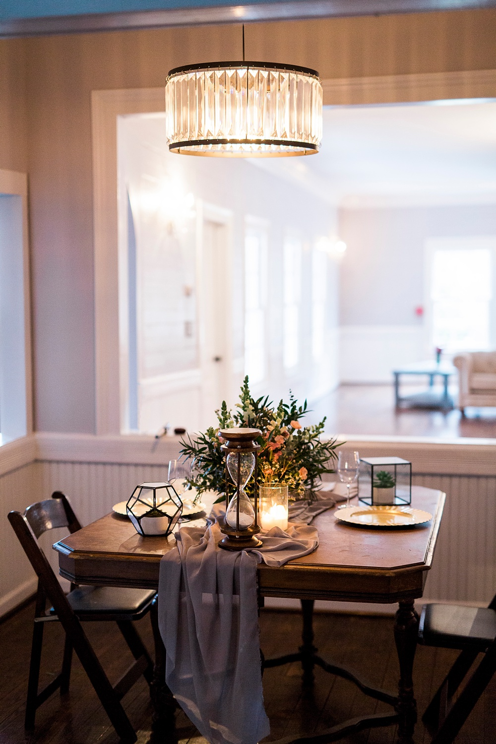 elopement style wedding table at the mim's house holly springs nc
