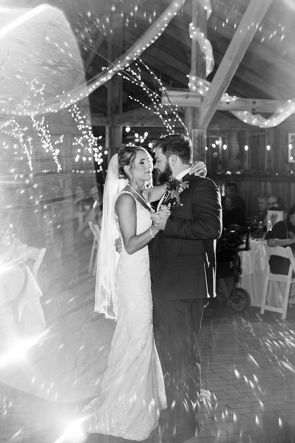 bride and groom's first dance by rachael bowman photography