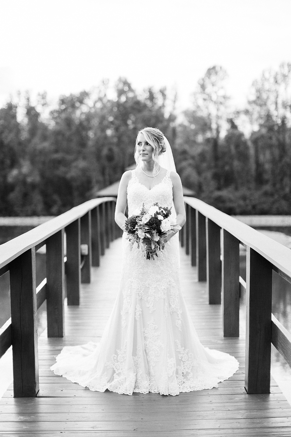 bridal portrait on a wooden bridge