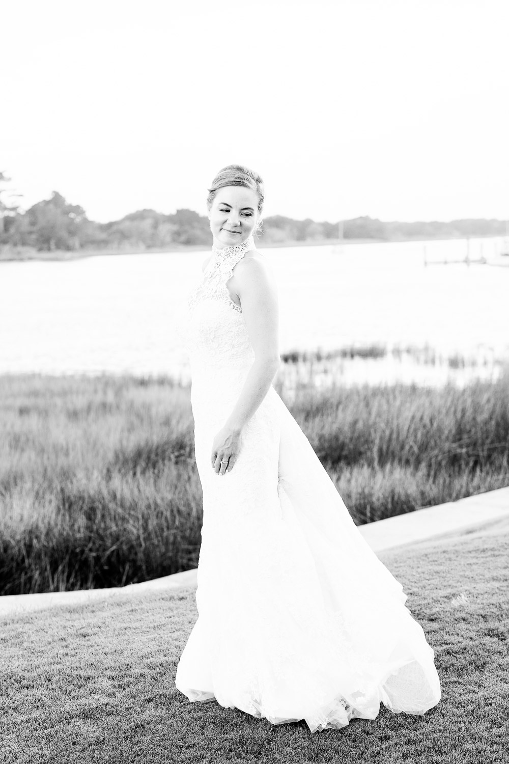 summer wedding at the boathouse at front street village in beaufort, nc