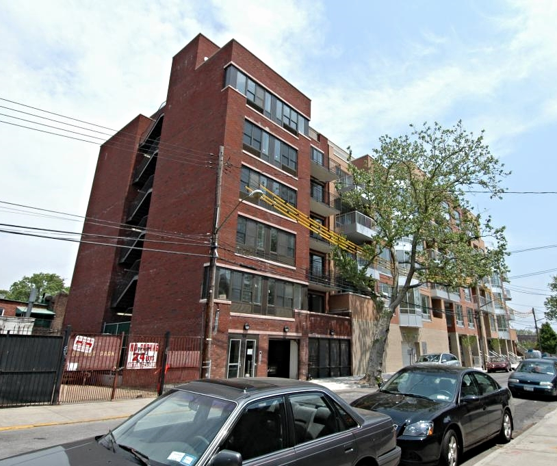 ▹  Brooklyn, NY   ▹  $2,000,000   ▹  Permanent Financing   ▹  11 unit Multifamily