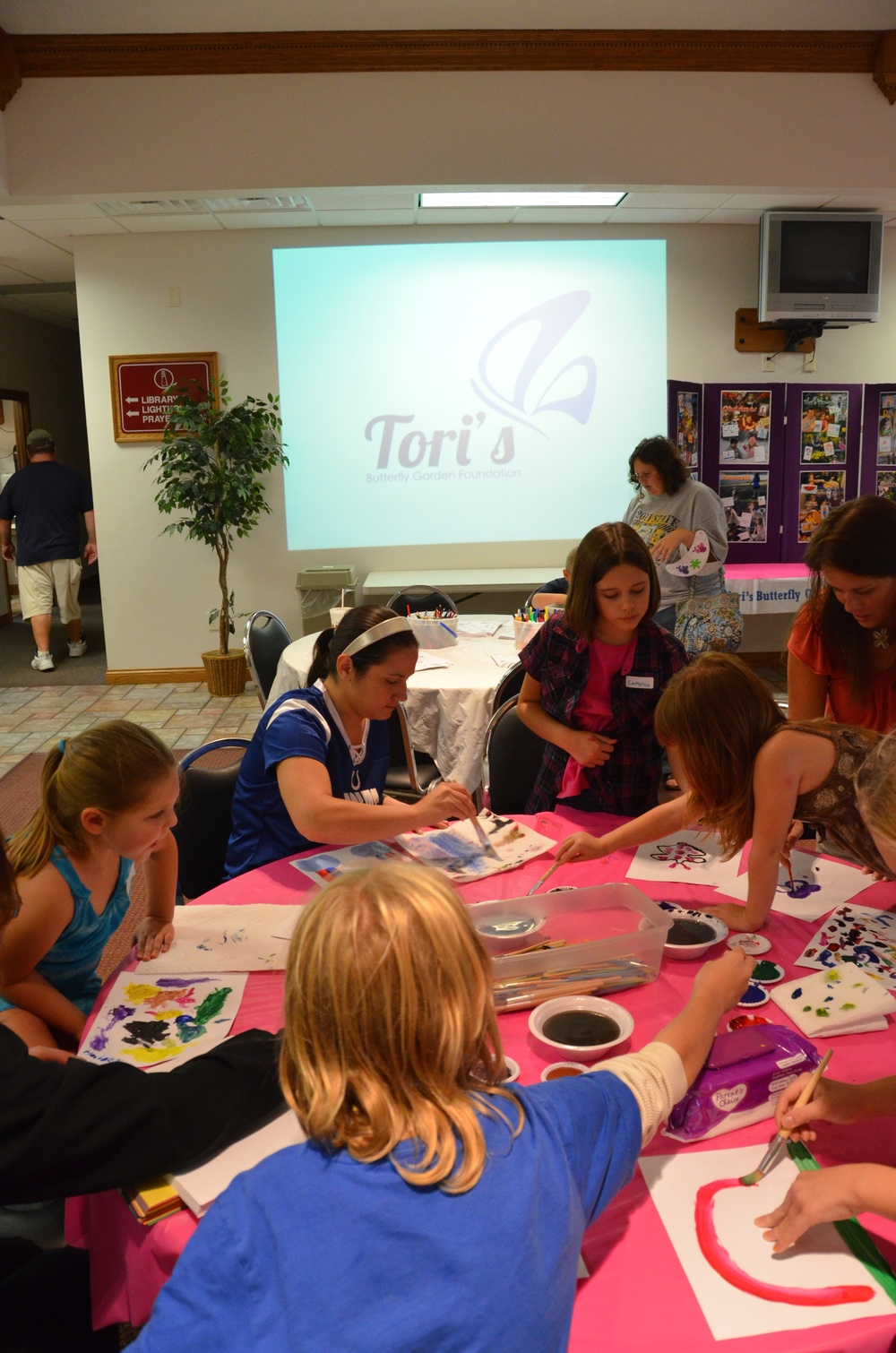 KIds ARt Church 9 12 2011   95225.jpg