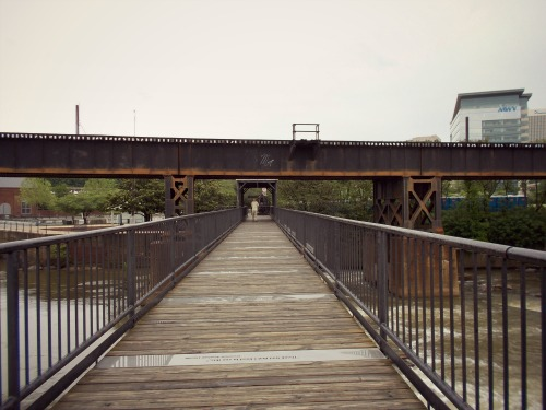 """4:47 pm, We happened upon the 1865 Exhibit, a bridge memorializing """"the three days in April 1865 when the city fell to the Union Army after four years of civil war."""""""