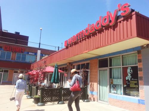 10:32 am, First stop: Warmdaddys for Brunch.