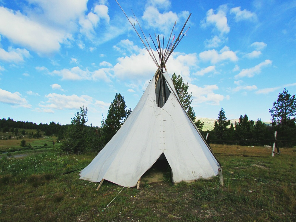 Tipi Yellowstone