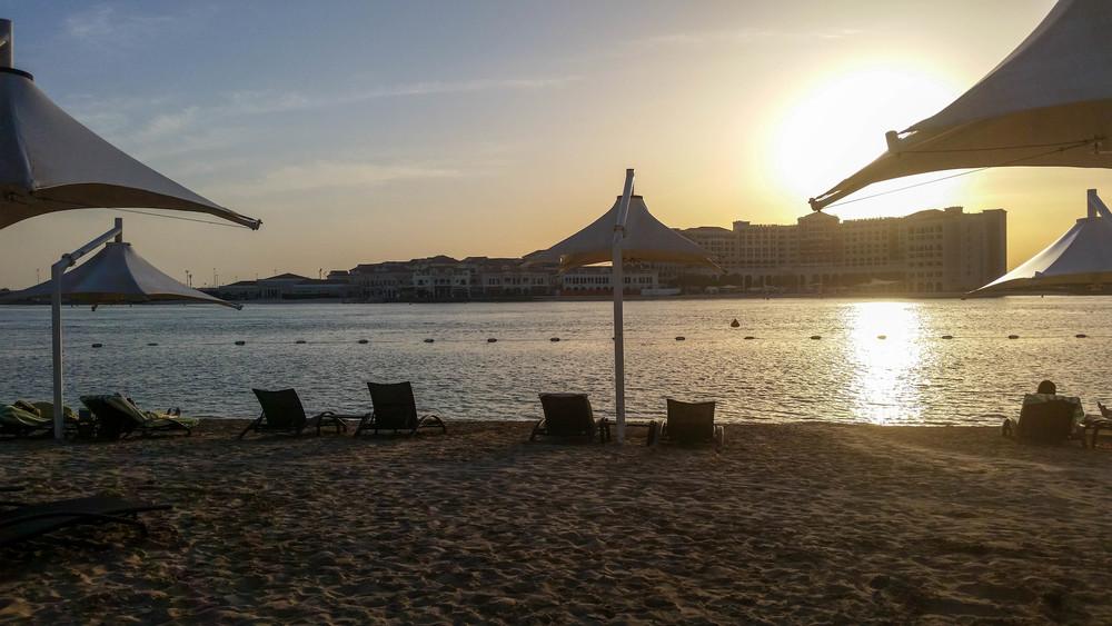 Traders Hotel Abu Dhabi - Beach