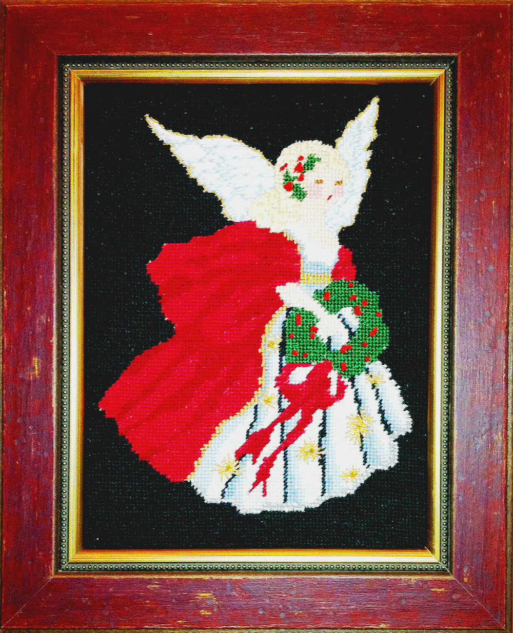 Needlepoint-Angel-w-fillet-frame0155.jpg