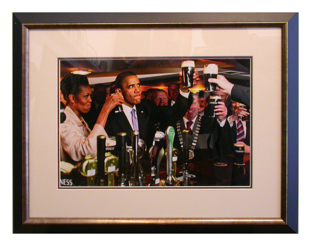 Obama in Irish Pub.jpg