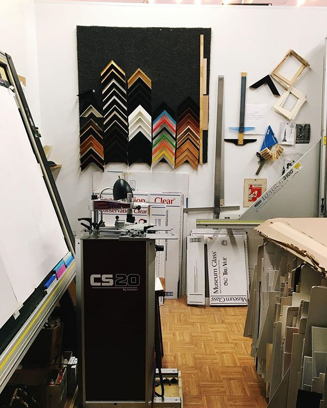"A ""behind the scenes"" shot of our studio ... this is where you can find us framing your beautiful artwork most days! Our small but mighty studio is one of our favorite places to work 🎨🛠😎⠀ ..⠀ ..⠀ ..⠀ ..⠀ ..⠀ ..⠀ ..⠀ ..⠀ #monday #mondaymotivation #happymonday #PictureFraming #RealArt #Framing ⠀ #LocalBusiness #SmallBusiness #Art #LocalArt #inspiration #SupportLocal #customframing #ChicagoArt #ShopSmall #ShopLocal"