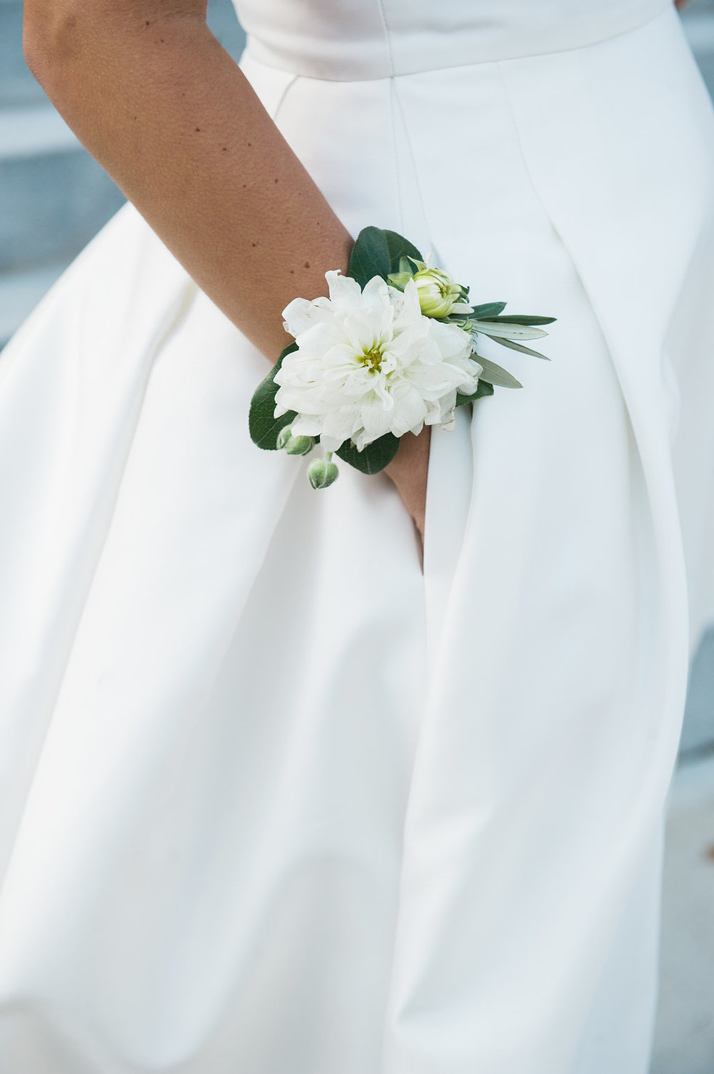 wile events flower cuff