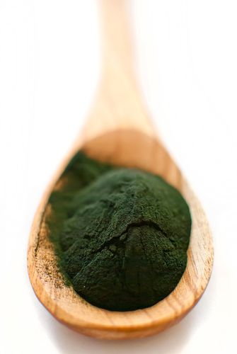 http://skinnyms.com/3-reasons-to-add-spirulina-to-your-diet/
