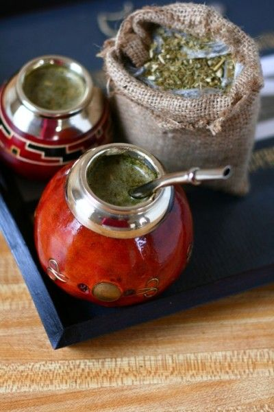 http://www.veggiebelly.com/2009/04/yerba-mate-a-south-american-herbal-drink.html