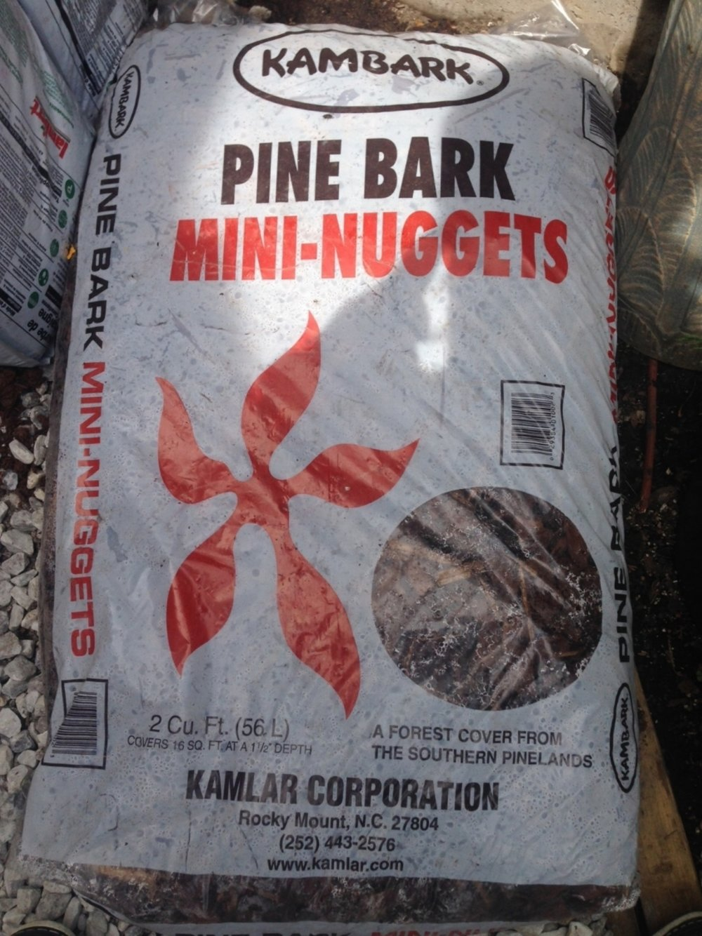 KamBark Pine Bark Mini Nuggets