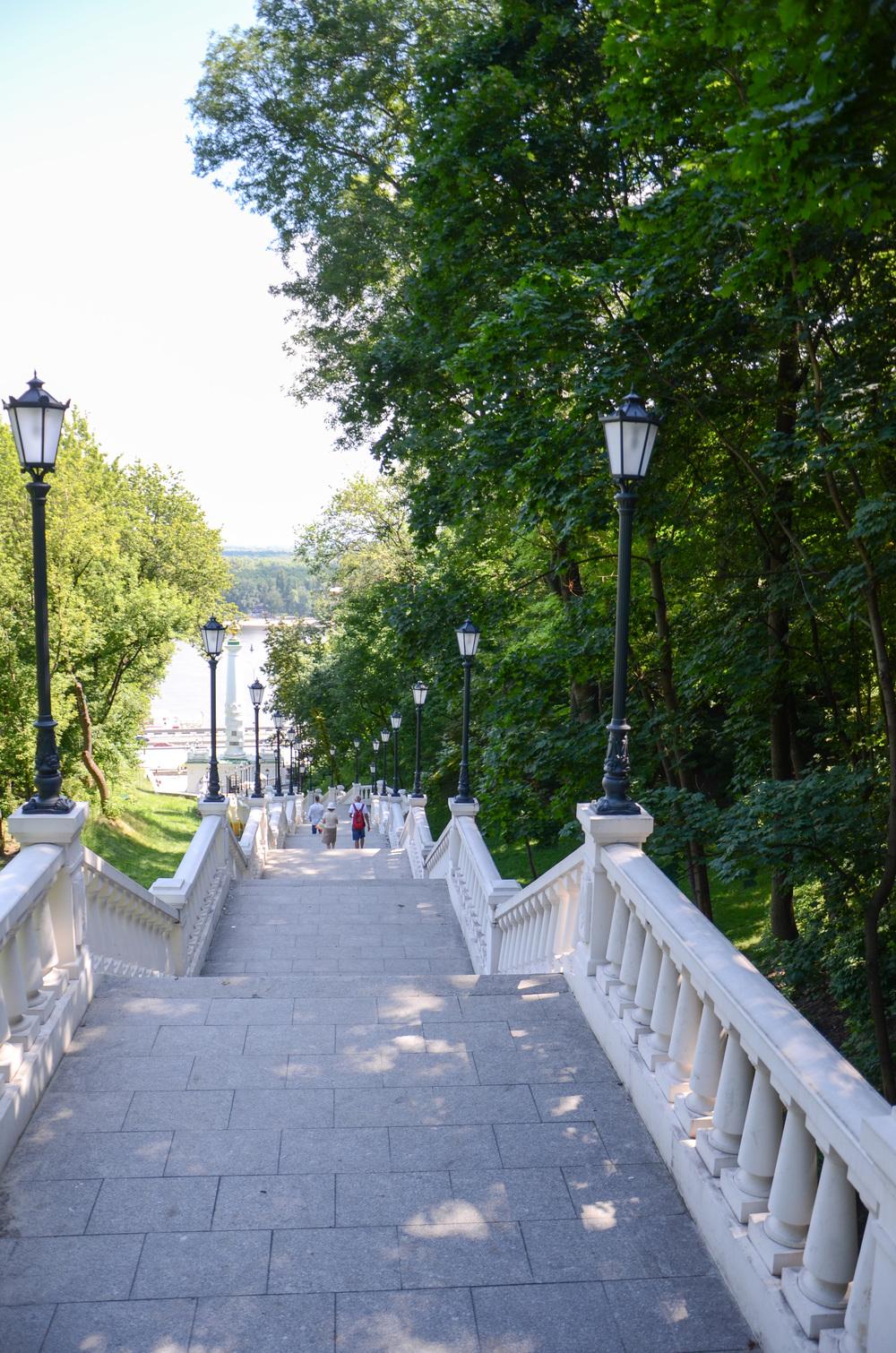 Київ, яким його бачать туристи з фотокарток та журналів.