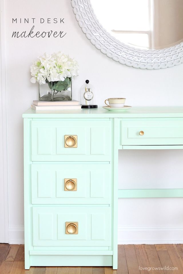 Mint and gold! My favorite!