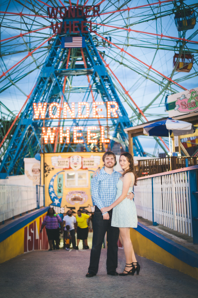 Coney-Island-Engagement-Photography-Elvira-Kalviste-2.jpg