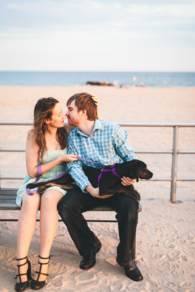 Coney-Island-Engagement-Photography-Elvira-Kalviste-8.jpg