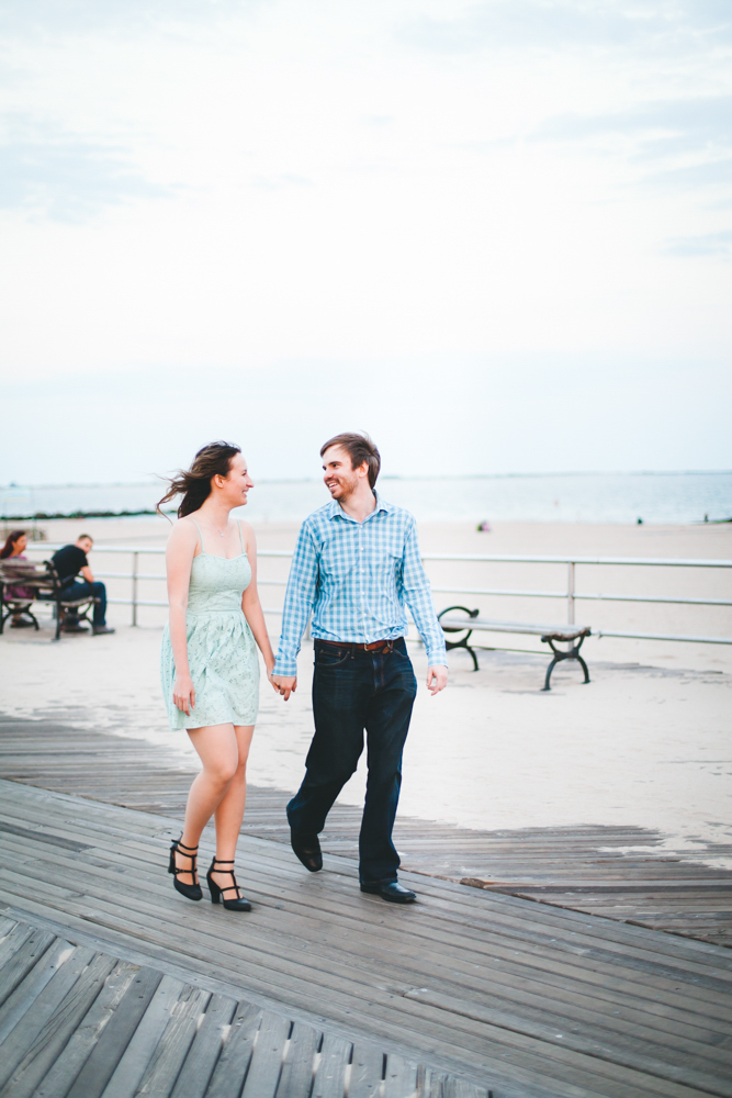 Coney-Island-Engagement-Photography-Elvira-Kalviste-18.jpg