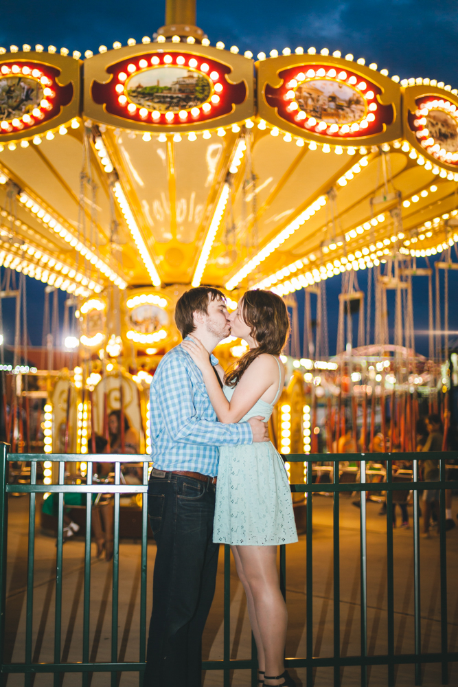 Coney-Island-Engagement-Photography-Elvira-Kalviste-29.jpg
