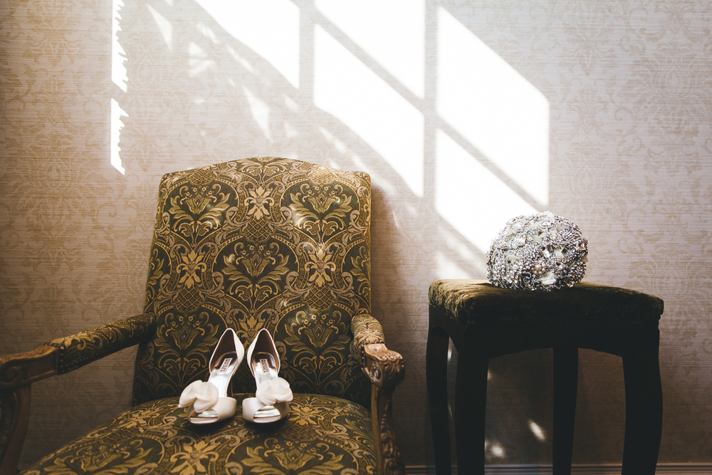 wedding-details-bouquet-shoes-beautiful-window-light (1 of 1).jpg