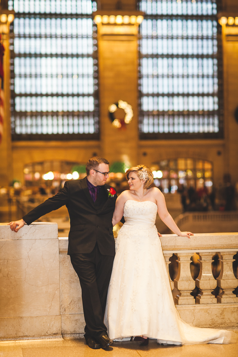 Kara-Adam-New-York-Elopement-Photography-Grand-Central-Bryant-Park-13.jpg