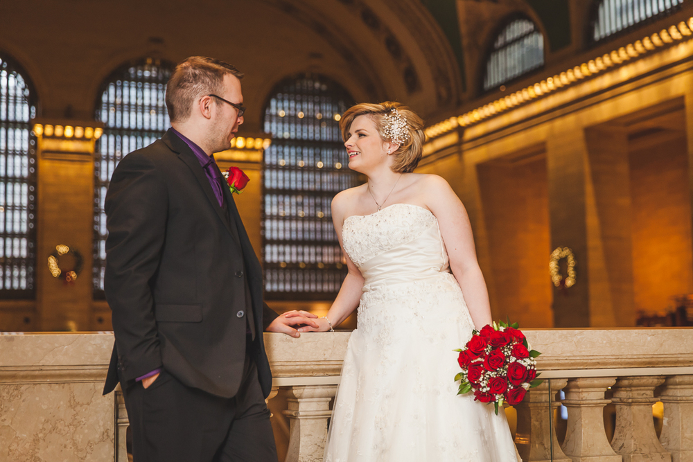 Kara-Adam-New-York-Elopement-Photography-Grand-Central-Bryant-Park-15.jpg