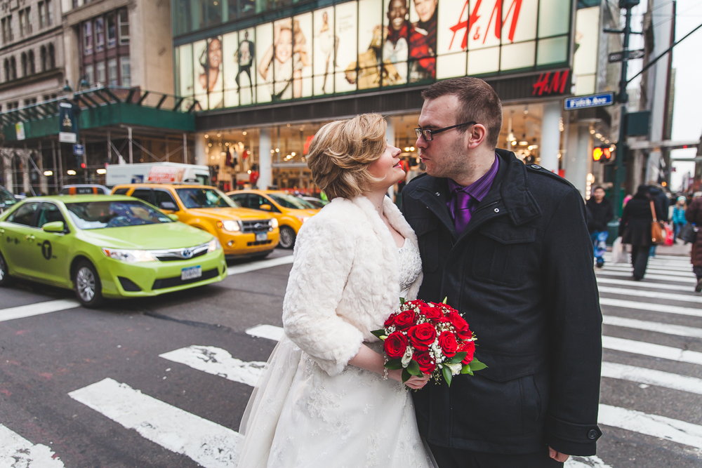 Kara-Adam-New-York-Elopement-Photography-Grand-Central-Bryant-Park-21.jpg