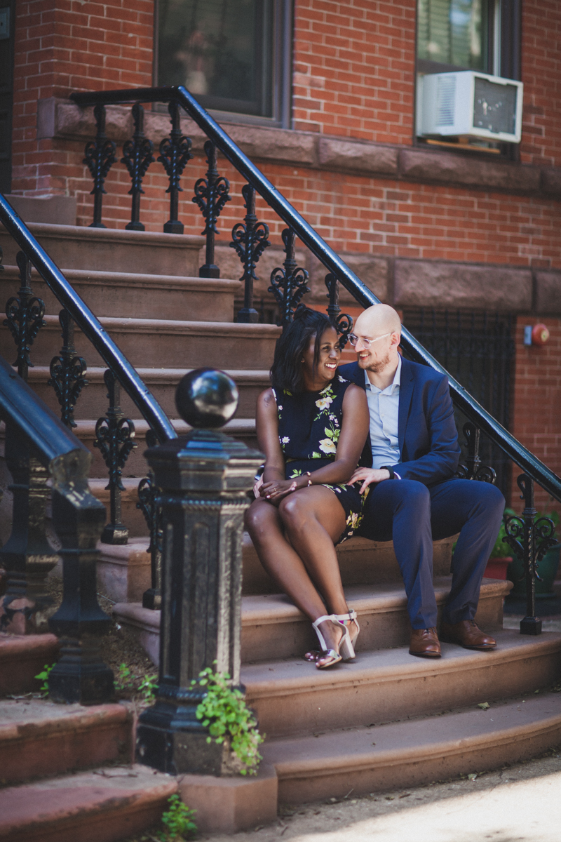 Greenpoint-Sign-Engagement-Photos-Brooklyn-27.jpg