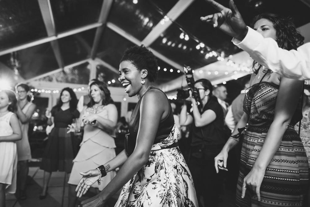 Fornino-Pier-6-Brooklyn-Documentary-Wedding-Photography-Brooklyn-Bridge-Park-Dumbo-82.jpg