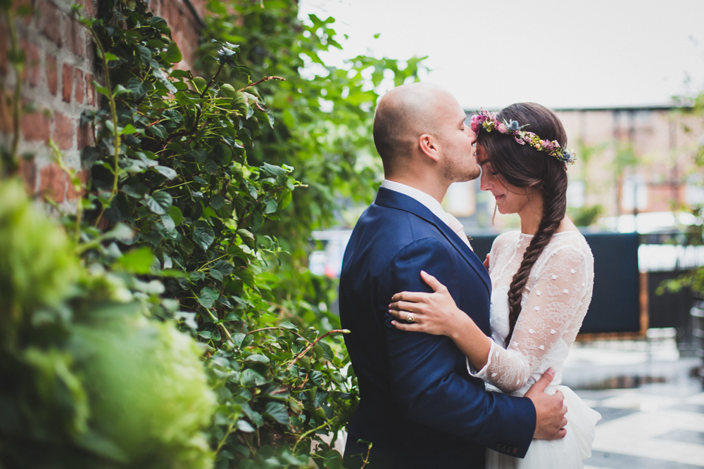 Wythe-Hotel-Wedding-Central-Park-Shakespeare-Garden-Documentary-Fine-Art-Photography-Elvira-Kalviste-53.jpg
