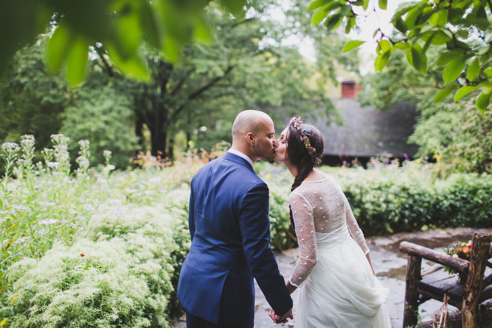 Wythe-Hotel-Wedding-Central-Park-Shakespeare-Garden-Documentary-Fine-Art-Photography-Elvira-Kalviste-68.jpg