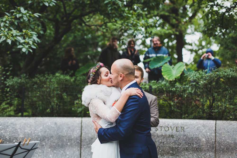 Wythe-Hotel-Wedding-Central-Park-Shakespeare-Garden-Documentary-Fine-Art-Photography-Elvira-Kalviste-106.jpg