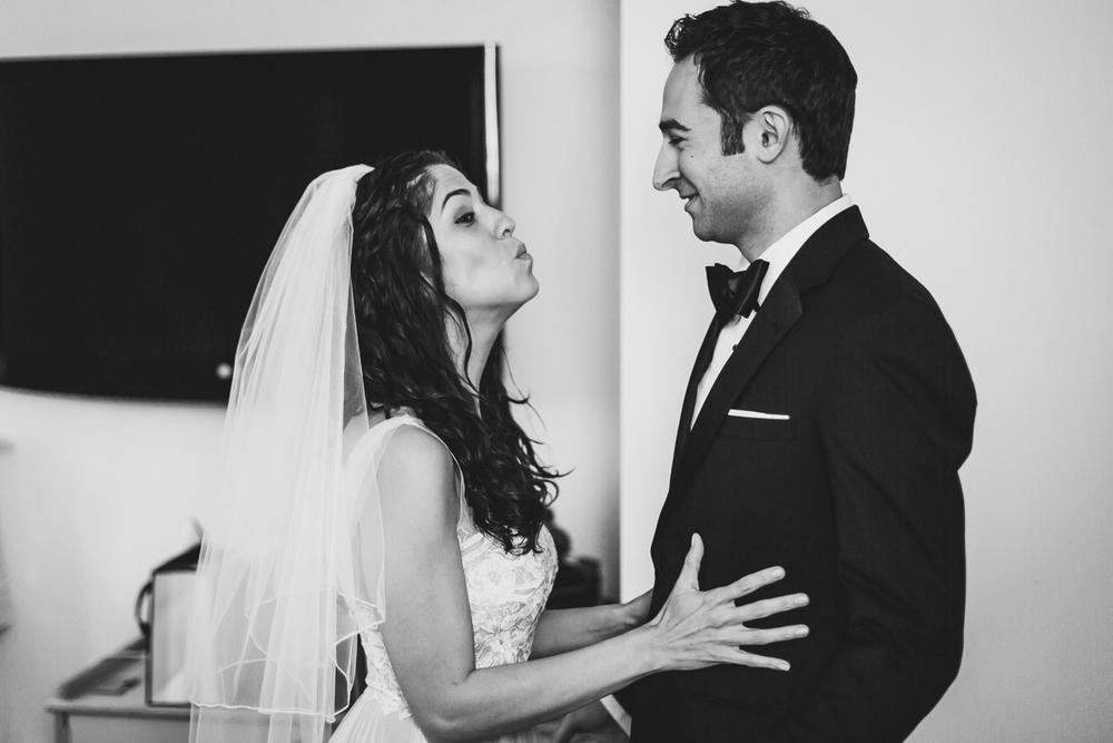 Isabellas-Restaurant-Intimate-Wedding-New-York-City-Documentary-Photography-2.jpg