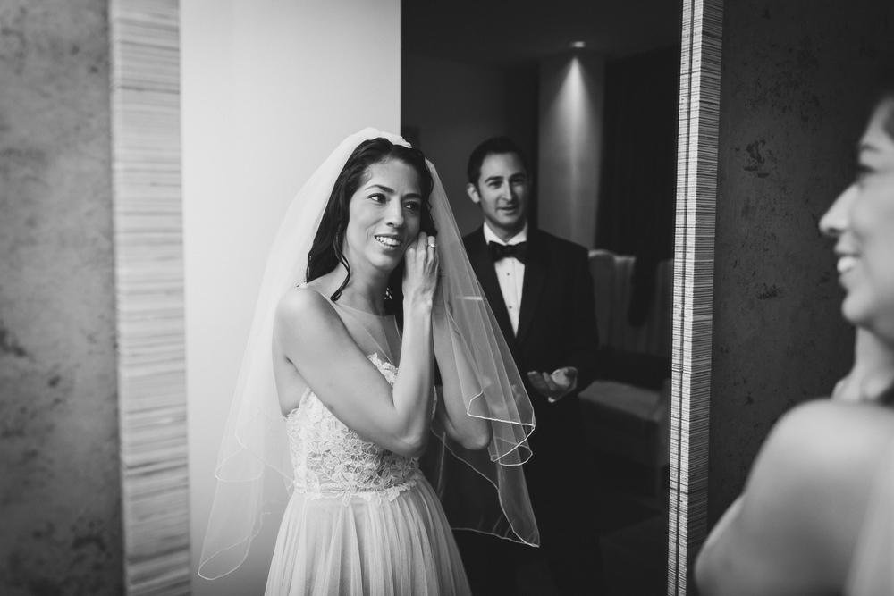 Isabellas-Restaurant-Intimate-Wedding-New-York-City-Documentary-Photography-7.jpg