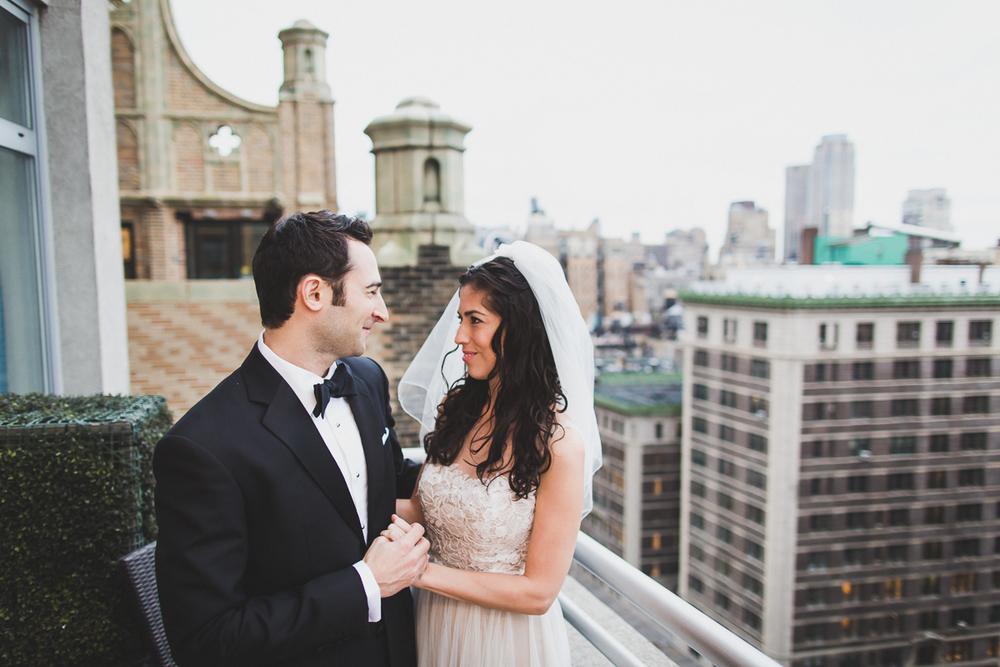 Isabellas-Restaurant-Intimate-Wedding-New-York-City-Documentary-Photography-10.jpg
