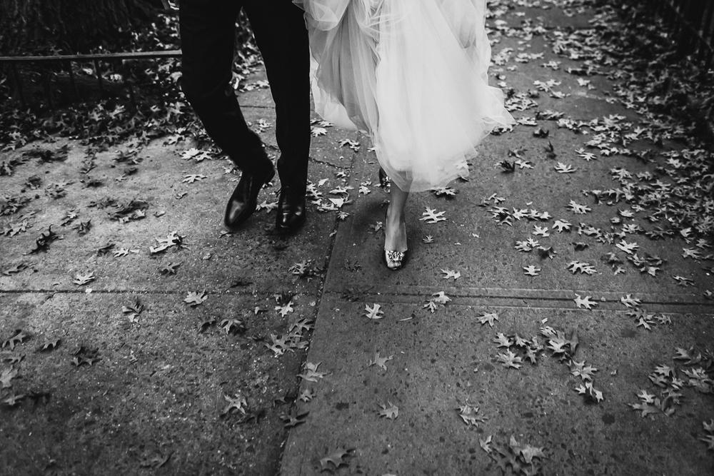 Isabellas-Restaurant-Intimate-Wedding-New-York-City-Documentary-Photography-14.jpg