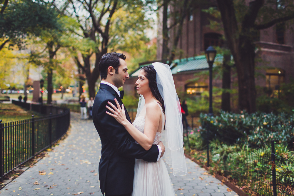Isabellas-Restaurant-Intimate-Wedding-New-York-City-Documentary-Photography-20.jpg