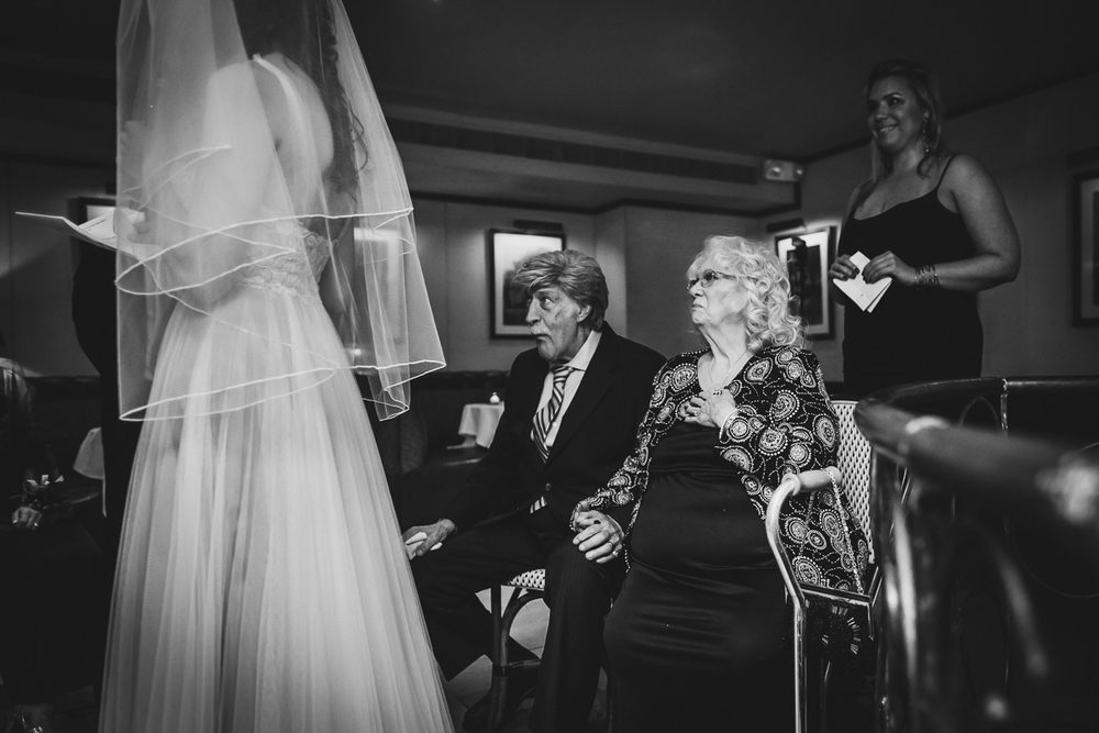 Isabellas-Restaurant-Intimate-Wedding-New-York-City-Documentary-Photography-30.jpg